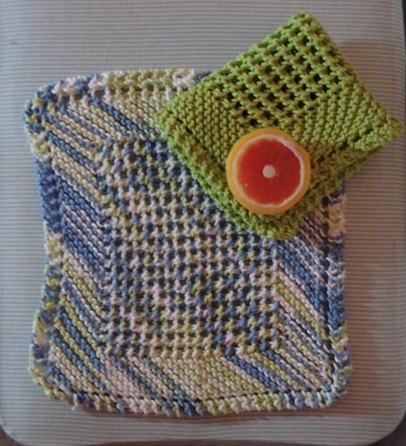 Farmhouse Kitchen Knitted Dishcloth: FO: Diagonal Washcloths: Knitting
