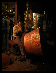the coppersmith (alk_is) Tags: barrel craft vessel syria worker damascus oldcity coppersmith onblack dimashq saffar bakirji geo:lat=3351423929289999 geo:lon=3630115439035038