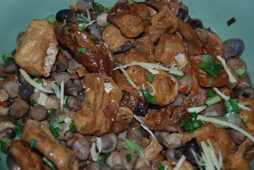 tofu mushroom dish