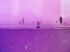 Herr Pandoro (fernandoprats) Tags: door pink color colors wall pared marcel intense jumping puerta key colours violet rosa shades beyond morrison pandora sq fp carlitos knockknock