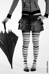 Listado ou Listrado? (Vincius Soares) Tags: portrait canon eos rebel retrato stripes umbrela listras guardachuva xti platinumheartaward