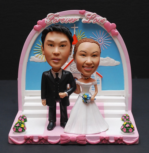 3d caricature dolly church wedding couple