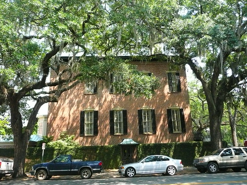 old house in savannah
