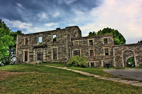 HDR Goddard Mansion
