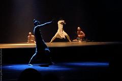 TEAT - Akram Khan Company (Juste Etienne (Guillaume Belaud)) Tags: music live concert reunion teat musician musicien danse dance fujifilm akramkhancompany untilthelion