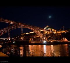 noche en Oporto / Night in Porto (- GD photography -) Tags: bridge portugal night río puente noche creative nocturna common vacaciones oporto 2010 duero doiro