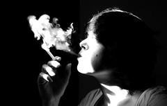 - (klein-id) Tags: portrait bw woman selfportrait blackwhite autoportrait noiretblanc zwartwit smoke femme fumeur smoker rook vrouw roker roken zw fumer fumee potret fumeuse zelfpotret