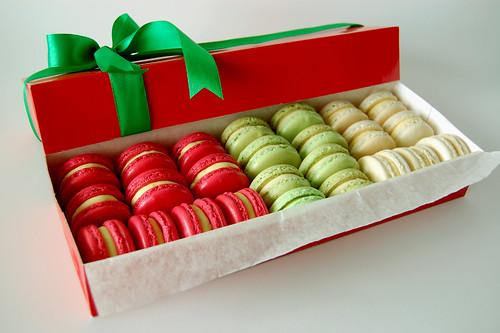 Christmas Macarons/