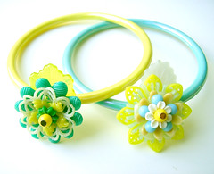 Yellow and Green Vintage Flowers Bracelets
