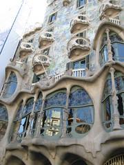 Fachada Casa Batll (yavannna) Tags: barcelona gaud fachada casabatll