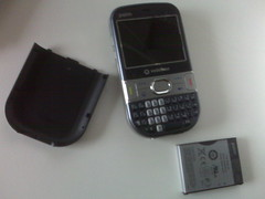 The Palm Treo 500v with battery and back