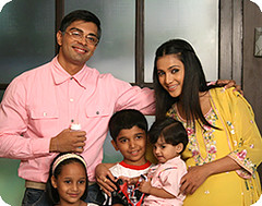 Armaan and Riddhima alongwith kids !!