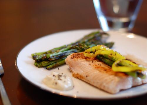 Salmon w/Dijon Sauce & Asparagus