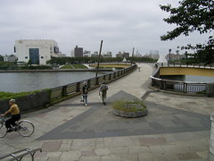16川を渡って_02