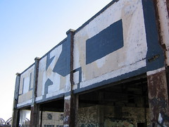TKO Roller (The Steel Chariot) Tags: building st square graffiti louis dive roller powell stl dmv kink tko ofb guer