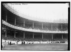 [1st game - 1912 World Series at the Polo Grounds, New York (baseball)]  (LOC) (The Library of Congress) Tags: newyork boston baseball manhattan redsox giants libraryofcongress nl 1912 bleachers grandstand worldseries pologrounds nationalleague harlemriver newyorkgiants northernmanhattan oldstadiums xmlns:dc=httppurlorgdcelements11 1911worldseries 1912worldseries defunctstadiums dc:identifier=httphdllocgovlocpnpggbain10753 newyorkbaseballgiants