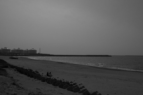 海とタンク