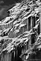 stalattiti di ghiaccio, icy stalactites (paolo.gislimberti) Tags: biancoenero blackandwhite winter inverno ghiaccio ice