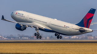 Delta Airlines A330-323X N805NW, Delivered 31-10-03