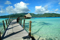 Le Taha'a pier (blupic) Tags: travel blue private landscape island pier dock nikon aqua paradise d70 turquoise resort 1870mmf3545g southpacific tropical tahiti spa bora borabora frenchpolynesia overwater letahaa excapture
