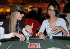 Team PokerStars Pro Vanessa Rousso and Liz Lieu at APPT Macau opening day