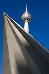 "The ""Alex"" (daCityDrifter) Tags: city blue shadow sky berlin tower art alex television germany emblem deutschland photography tv europa europe fotografie kunst capital hauptstadt himmel alexanderplatz fernsehturm blau turm schatten soe fernsehen televisiontower wahrzeichen blueribbonwinner flickrsbest mywinners abigfave 2pair aplusphoto superbmasterpiece diamondclassphotographer flickrdiamond megashot photofaceoffwinner overtheexcellence platinumheartaward theperfectphotographer dacitydrifter"