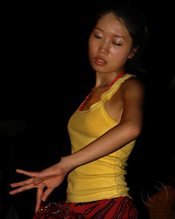Ly Hue 4 (NaPix -- (Time out)) Tags: dance artist vietnam streetperformer hue napix huefestival lystreetperformance