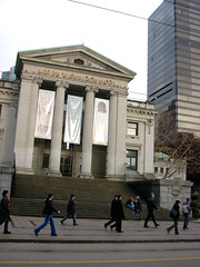 Vancouver Art Gallery (BC Robyn) Tags: street winter art vancouver downtown gallery january robson vag
