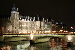 Sekwana zwana Tamiz ;) (adasioh3) Tags: trip paris france water seine night river evening woda noc rzeka pary wieczr francja sekwana