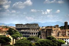 Il Colosseo (Malkav) Tags: rome roma ed nikon d colosseum nikkor 80 rom tone hdr afs mapped colosseo dx coloseo tonos photomatix 18135 d80 colosseu mapeado