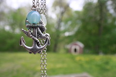 Necklace (mselenamilan) Tags: birds necklace anchor jewelery anchors