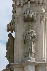"""Figuras del monumento a San Fernando. Plaza Nueva. Sevilla (""""GALBA"""") Tags: plaza sevilla monumento ciudad escultura estatua piedra figura"""