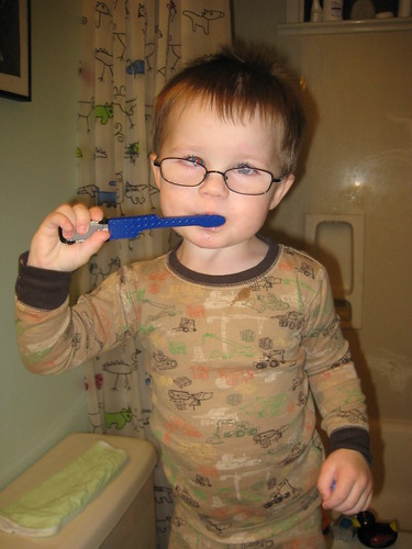 this is how to look cool while brushing your teeth