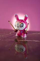 Dunny ready for a fight... (ANVRecife) Tags: toy toys vinyl kidrobot dunny thomashan vallejos series4
