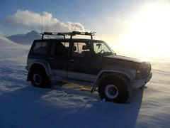 Fer  Dalakofa. (SiggiH) Tags: snow iceland nissan jeep jeeps patrol sland fjallabak