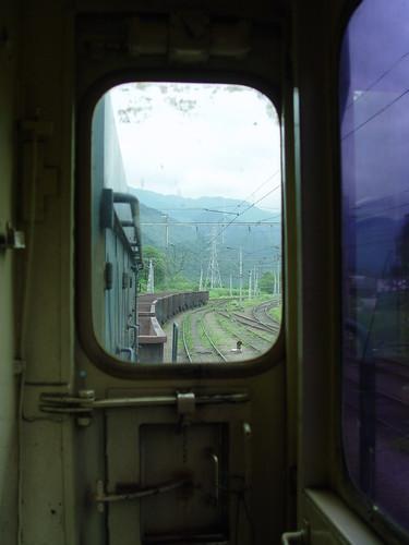 Quem nunca sonhou em viajar num trem de carga ?