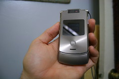 Motorola V3xx Platinum Closed