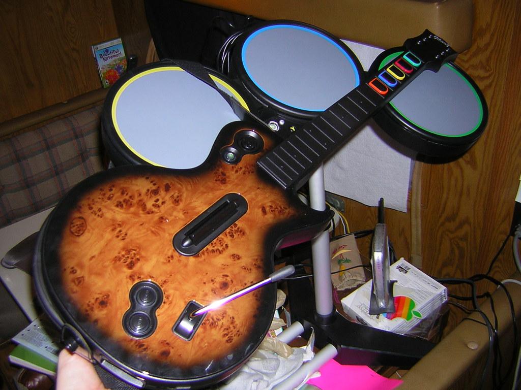 Guitar Hero III Gibson w/Maple Wood Faceplate