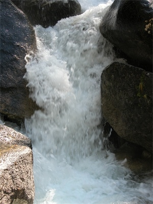medium_waterfall_sm