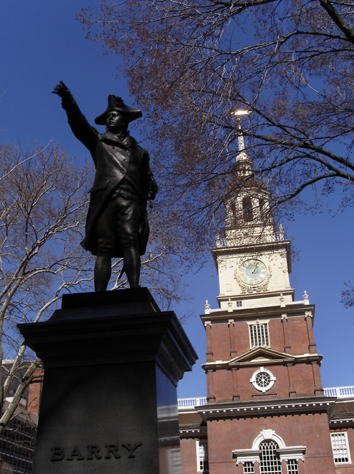 statue of Commodore Barry with Independence Hall in background