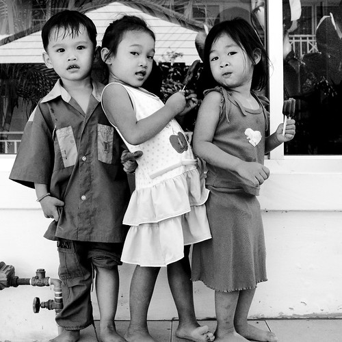 Everybody needs someone to lean on - Bangkok