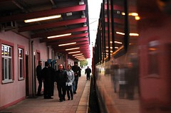 Bir mola yerinde (Arzu Kayhan) Tags: trip travel station turkey tren nikon türkiye eskişehir yol gar yolculuk seyahat durak d40 mekan trengarı flickrcolour ulaşım flickrlovers aktarma
