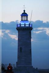 le phare Sainte Marie à Marseille (Dominique Lenoir) Tags: lighthouse france faro photo marseille foto farol provence fotografia phare vuurtoren fyr leuchtturm fotografía southfrance bouchesdurhône 13000 majakka dominiquelenoir