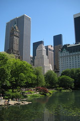 NYC - Central Park: The Pond (wallyg) Tags: park nyc newyorkcity ny newyork skyline skyscraper nhl pond centralpark manhattan landmark midtown gothamist thepond nationalhistoriclandmark nationalregisterofhistoricplaces usnationalhistoriclandmark nrhp usnationalregisterofhistoricplaces newyorkcitylandmarkspreservationcommission nyclpc sceniclandmark