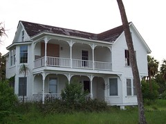 Eldred, Florida house built in 1901 (mainmanwalkin) Tags: abandoned florida eldred stluciecounty indianriverroad