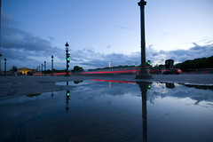 After the rain (Rodrigo Ono) Tags: paris france canon geotagged eos champs elyses sigma concorde 1020mm 30d top20blue top20everlasting rodrigoono