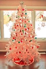 O tannen bonbon (boopsie.daisy) Tags: santa christmas pink holiday tree cute vintage snowflakes star yummy candy handmade hellokitty olive deer livingroom sleepy fawn ornaments jackskellington grover lollipop strawberryshortcake mysterymachine whitetree icecreamcone drteeth pinkhue