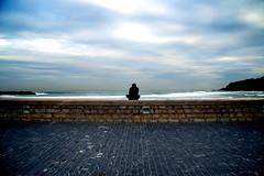 Mirando al mar by Bichuas (E. Carton)