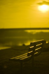 Hazy outlook (p2wy) Tags: bridge river bench illinois bokeh 85mm il morris f18 d3 yellowfilter illinoisriver p2wy