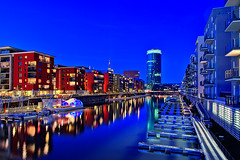 Frankfurt am Main (Germany) @ The blue hour (Philipp Klinger Photography) Tags: blue houses water glass architecture night skyscraper buildings reflections river germany deutschland lights pier boat hessen shot frankfurt main hour bec philipp dri hdr westhafen hochhaus hesse klinger firstquality ppler 5photosaday pplerglas frhwofavs platinumheartaward dcdead hdraward alemdagqualityonlyclub wwwindiehoycom